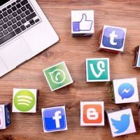 Get paid $25 / hour to Manage and post comments on Facebook & Twitter