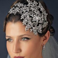 Enhance Bridal Hairstyle with Bridal Hair Accessories