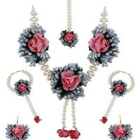 Check out Exclusive Flower Jewellery for Haldi online by Anuradha Art